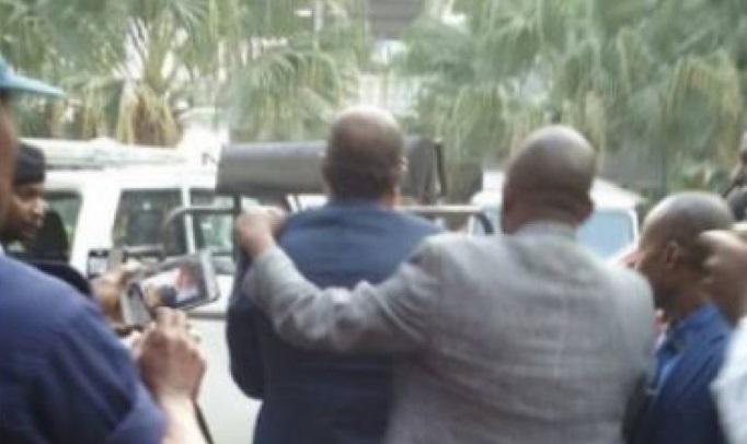 Congo Kinshasa: Koffi Olomide in police drag-net