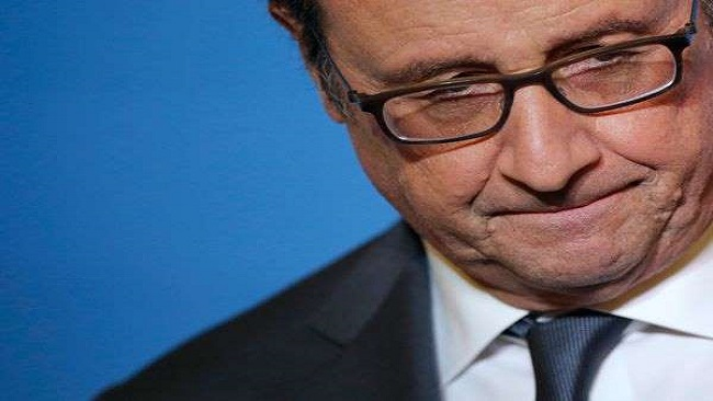 French President Hollande comes under attack from the LR parliamentary group