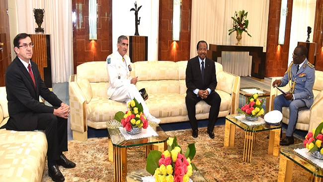 Biya meets with the Commander of French Forces in Gabon