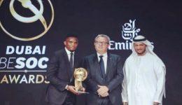 Eto'o honored in Dubai