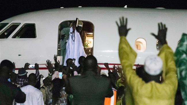 Gambia: Jammeh 'emptied coffers' before leaving