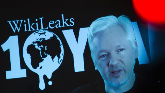 WikiLeaks founder says Obama attempting to delegitimize Trump