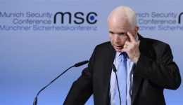 US: Senator John McCain says Trump's government is in disarray