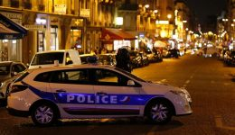 Daesh attack in Paris leaves police officer dead, two others injured