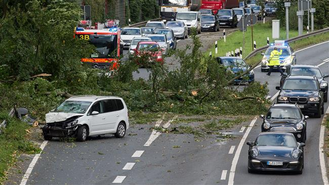Germany: Storm kills 7, causes chaos