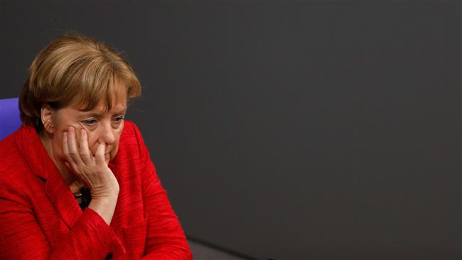 Bundes: Chancellor Merkel's fate uncertain as half of Germans favor new polls