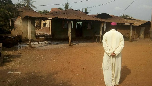 Catholics save lives in Cameroon as fighting intensifies