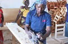 Training Program Helps Nigerian Refugees in Cameroon