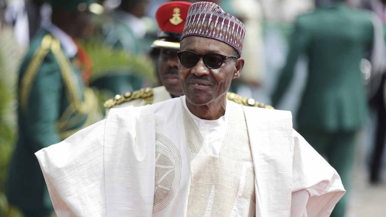 Nigeria: Buhari suspends chief justice, opposition cries foul