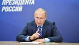 Russia: President Putin delays vote enabling him to stay in power due to coronavirus crisis