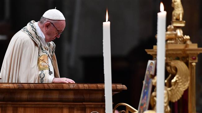 Pope Francis calls 2017 'wasted year of wars, lies, injustice'