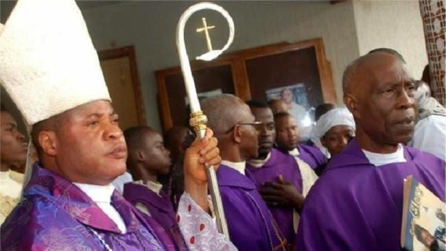 Polarizing Nigerian bishop backed by the Holy Father steps down
