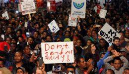Israelis, African refugees protest Tel Aviv deporting, jailing of asylum seekers