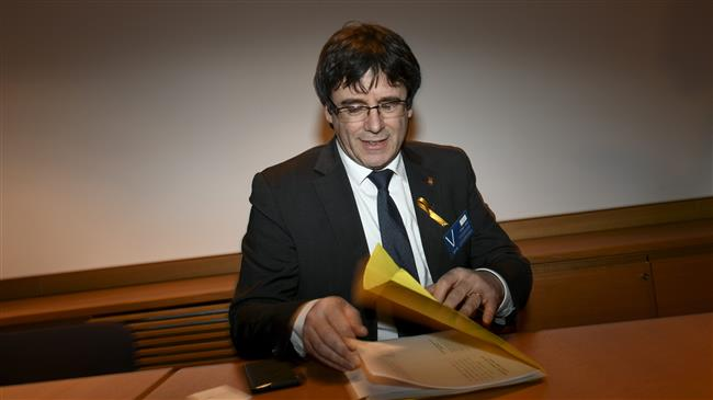 Spain issues international warrants for Catalan separatists