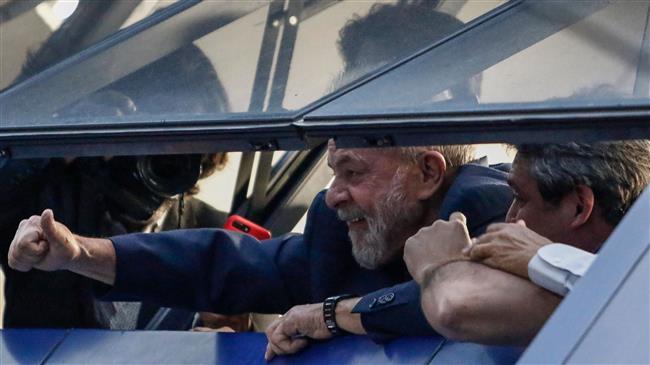 Brazil: Former President Lula defies prison order, creating standoff