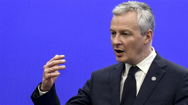 French Finance Minister says Air France will disappear if it resists reforms