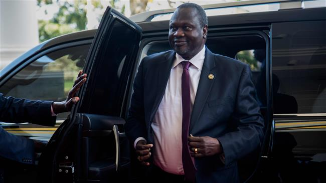 Rebel leader Riek Machar to be reinstated as South Sudan vice president