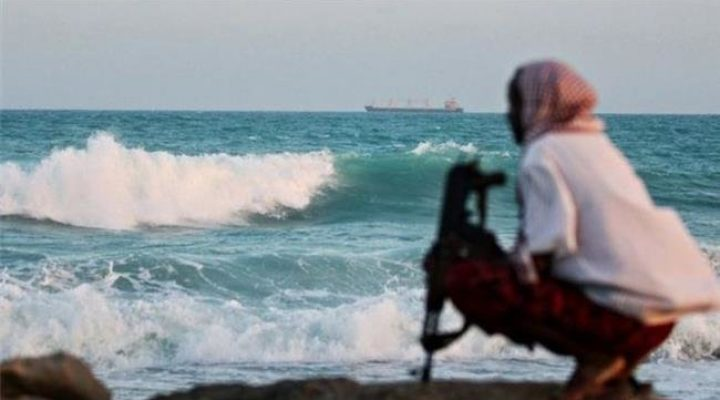 Pirates kidnap 12 crew from Swiss ship off Nigeria