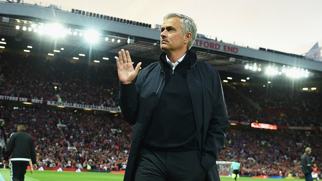 José Mourinho rejects Benfica manager job