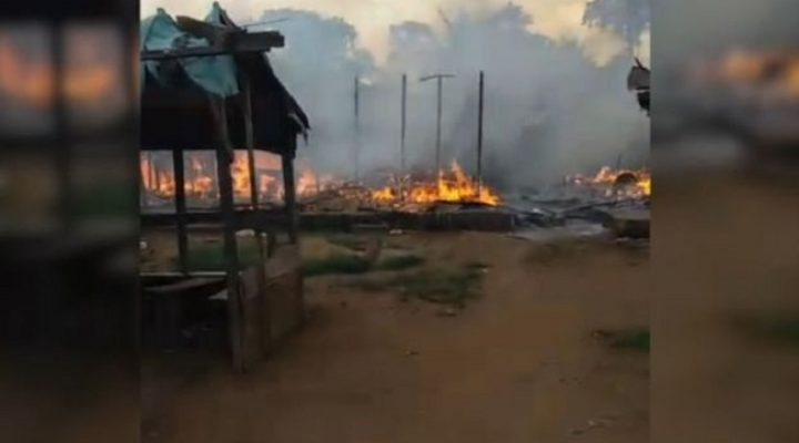 French Cameroun soldiers are setting houses on fire in Southern Cameroons
