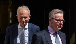 UK: Prime Minister Theresa May's allies rush to her support amid ouster plot reports