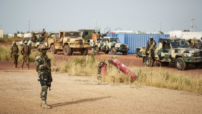 France-Afrique: Several killed as gunmen storm Mali army base