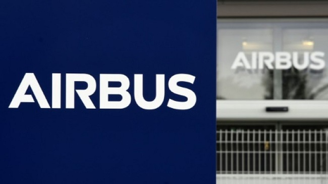 Airbus profits plunge, blames scrapping of A380