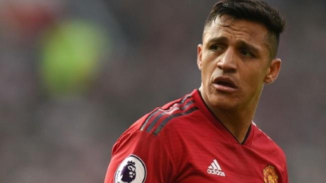 Premier League: Sunk cost of Sanchez holding Manchester United back