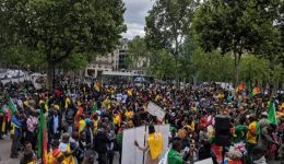 Paris: Protesters call for Biya's resignation