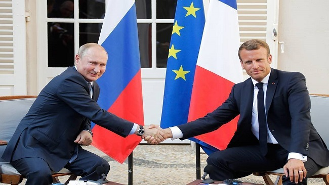 Putin, Macron spar over 'yellow vest' protests