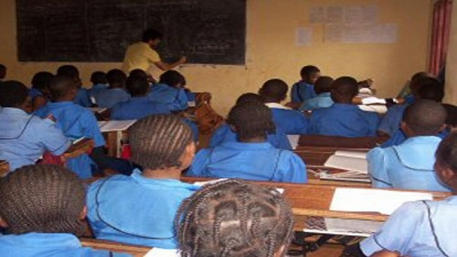 French Cameroun: Internally displaced Ambazonia children struggle to continue schooling amid crisis