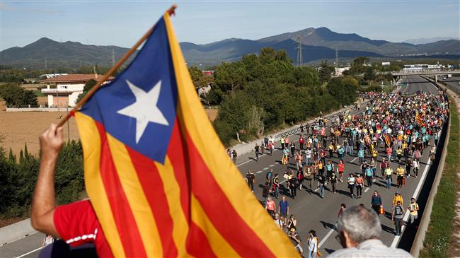 Spain: Pro-independence Catalans rally on annual holiday