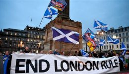 Scotland: First Minister insists on 'legal' route to independence