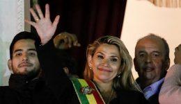 Bolivia Crisis: Senator declares herself interim president