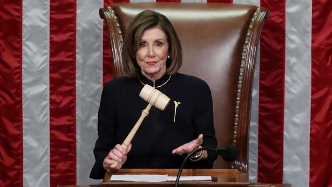 US House Democrats push for impeachment as Republican support remains uncertain