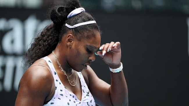 Australian Open: Williams heartbreak as China's Wang shatters Grand Slam record bid