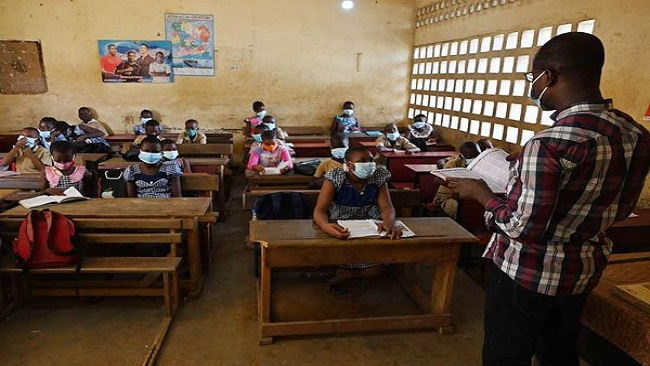 Schools reopen in French Cameroun amid COVID-19