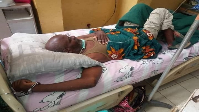 Southern Cameroons prisoner of conscience handcuffed on hospital bed