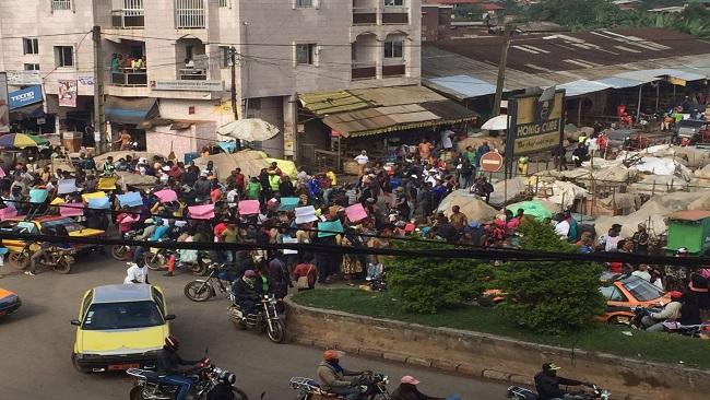 Bamenda traders on strike