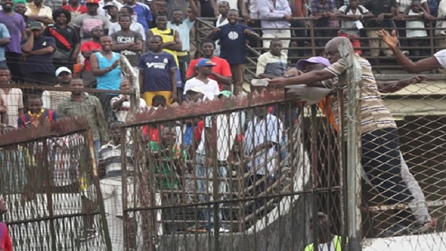 Canada pushing to win contracts on the renovation of the Douala Reunification stadium