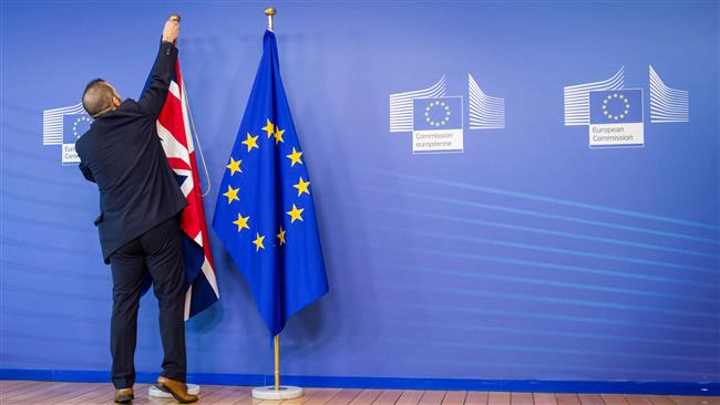 UK lawyers petition Prime Minister Cameron, says Brexit vote not binding