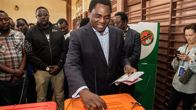 Zambia: Opposition leader takes early lead over President Edgar Lungu in closely contested election