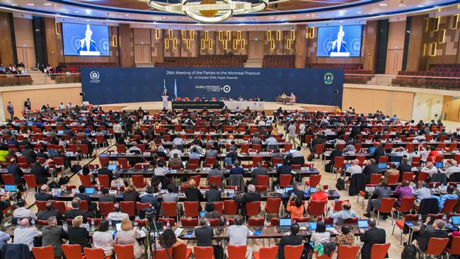 200 countries reach major deal to phase out greenhouse gases