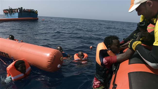 Shipwrecks kill 240 refugees  off the Libyan coast