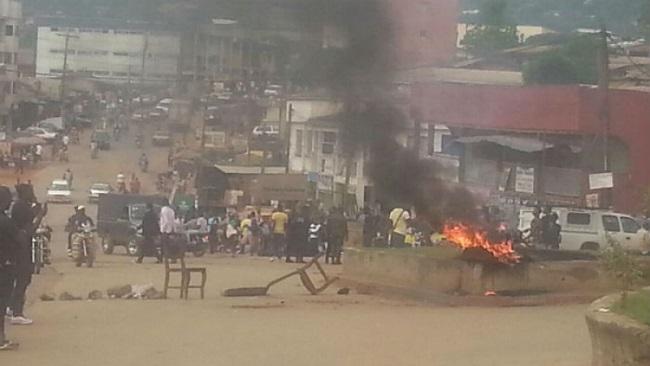 Bamenda sees mass protest against La Republique forces