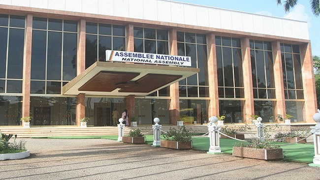 French Cameroun MPs studying 2 new bills on military justice and civil aviation