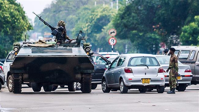 EU urges 'peaceful resolution' to Zimbabwe crisis