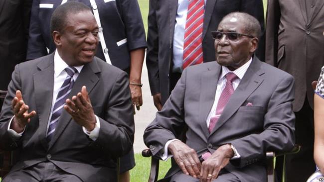 Zimbabwe's former vice president urges President Mugabe to resign