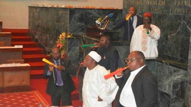 Yaounde: Speaker adjourns parliament as rowdy SDF MPs disrupt proceedings with Vuvuzelas