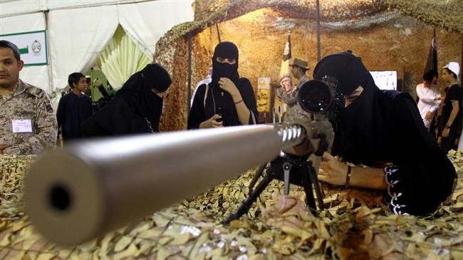 Saudi Arabia starts to enlist female soldiers